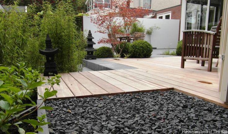 Heerlijk buitenleven, tuin te 's-Gravendeel, split-gravel-grind-vlonder-moderne-tuin-tuinontwerp-houten-dek-vlonder-garappa-hard-hout-groen-tuin-weinig-onderhoud-hovenier-tim-kok-hoveniersbedrijf