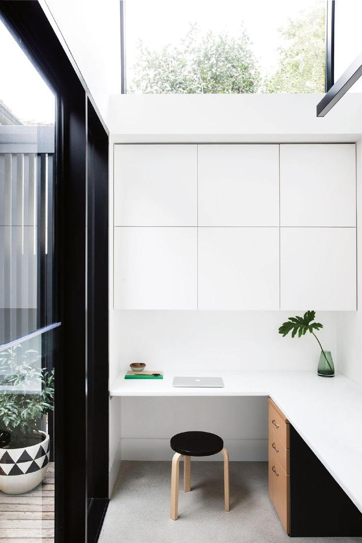 12 Creative ways to create a study nook in your home. Photography by Chris Warnes. Styling by Sarah Ellison.