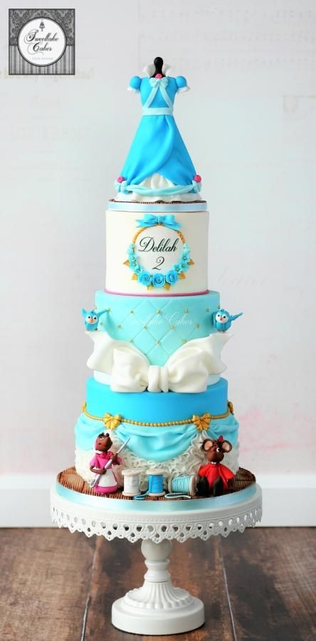 Cinderella cake and carriage by Tamara