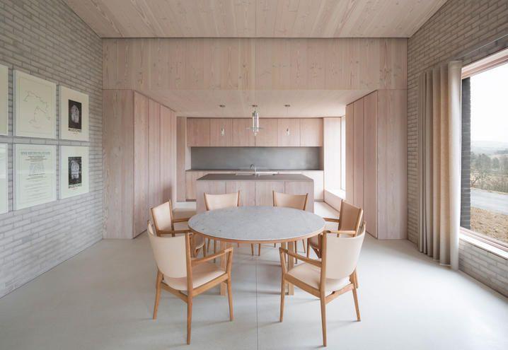 Stile minimal per la casa di John Pawson nella campagna inglese