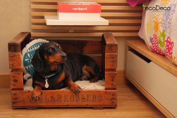 Ecodeco muebles realizados con materiales reciclados blog - Cajas de madera recicladas ...