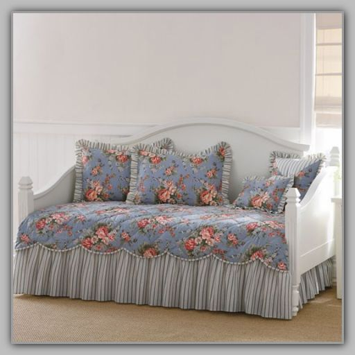 86 Best Daybeds Images On Pinterest Day Bed Daybed And