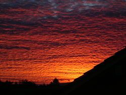 Red sky at morning - Wikipedia, the free encyclopedia