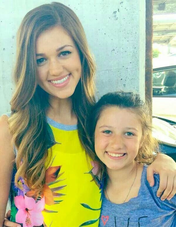 Sadie & Bella are YET my favorite people in Duck Dynasty the A&E reality show. I love them to death!