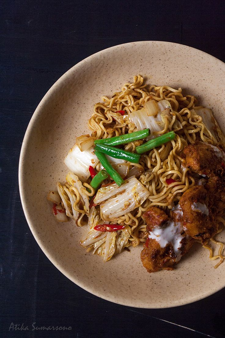 Spicy Indian Fried Noodles that inspired from Indian butter chicken or Murg Makhani