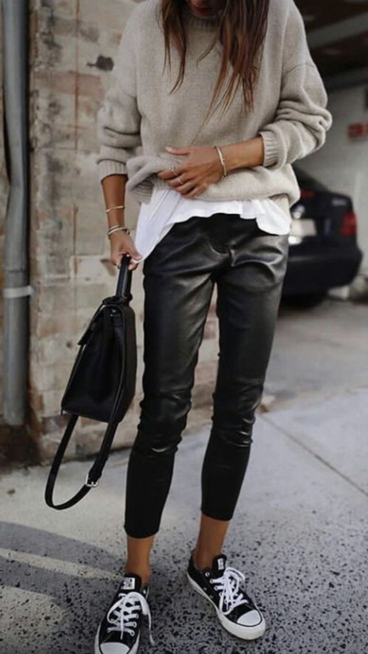 cropped leather trousers @dcbarroso