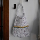 DIY Shopping bag from plastic shopping bags