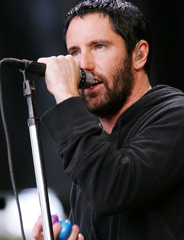 :D Trent Reznor--- oh my love how I remember the day I saw you at that Ikea .... You made my heart a flutter