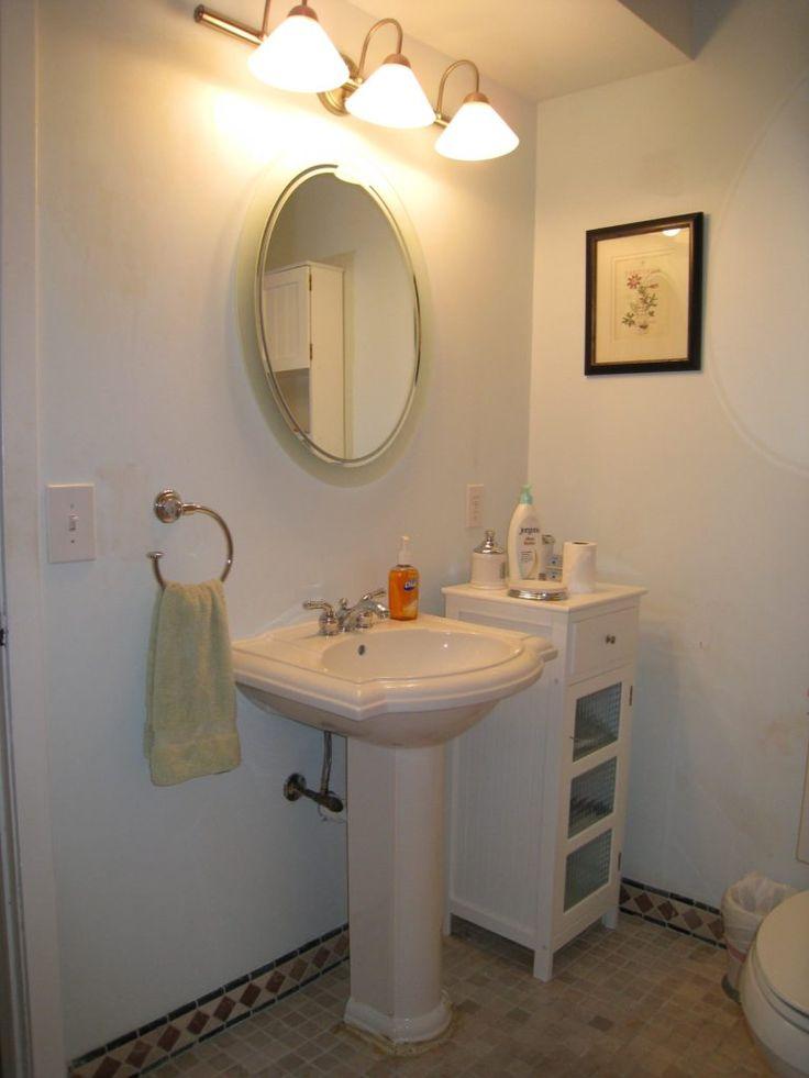 Top 25 Best Pedestal Sink Bathroom Ideas On Pinterest