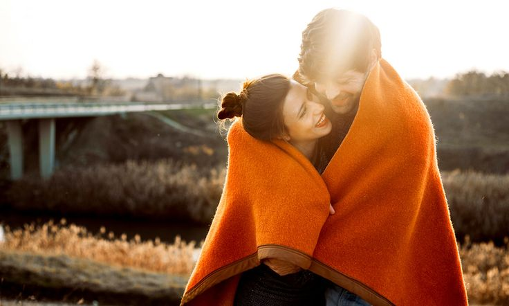 4 Warning Signs Of An Unavailable Partner
