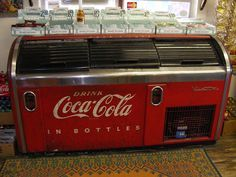 Old Coke Machine by slade1955, via Flickr