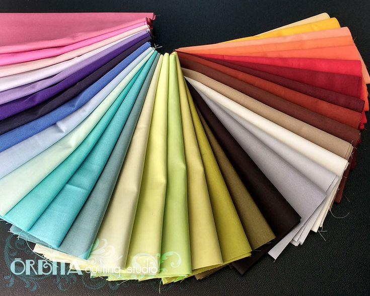 Tecidos para Quilting - LANÇAMENTO é outra novidade no universo do quilting em- https://orbitaquilting.com.br/tecidos-para-quilting/ A gente sempre teve muita dificuldade em encontrar uma variedade de tecidos lisos Então decidimos lançar os Tecidos para Quilting São 34 cores lindas de tecido liso para o seu quilting arrasar E a gente sabe que o mundo têxtil é muito versátil! Por isso mesmo, vamos lançar muitos kits Dicas e tutoriais - debrum pronto, kit de te