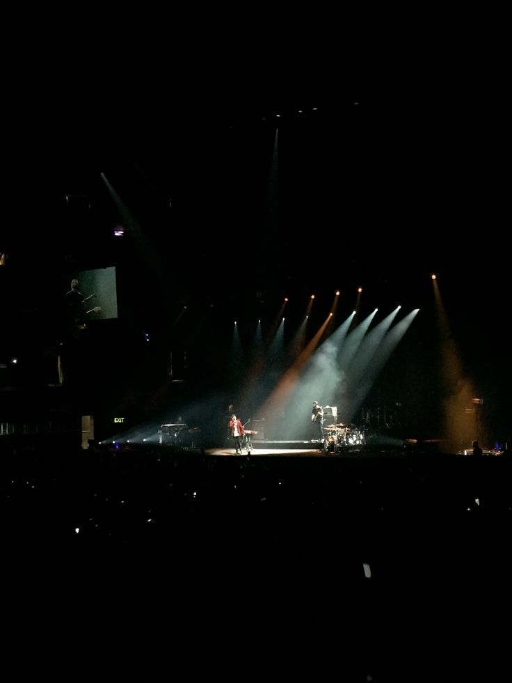 charlie puth - opening act for shawn mendes illuminate tour at staples center