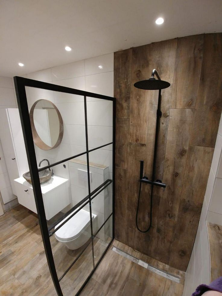 Helpful creating bright bathroom ideas 39