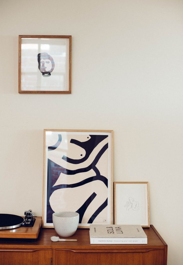 We step into the home of one of our favourite Australian artists, Caroline Walls.