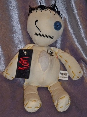 korn issues doll - 300×400