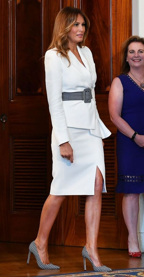 Flotus Melania Trump Commemorates The Centennial Anniversary Of The 19th Amendment At The White Hous In 2020 Trump Fashion Classy Work Outfits First Lady Melania Trump