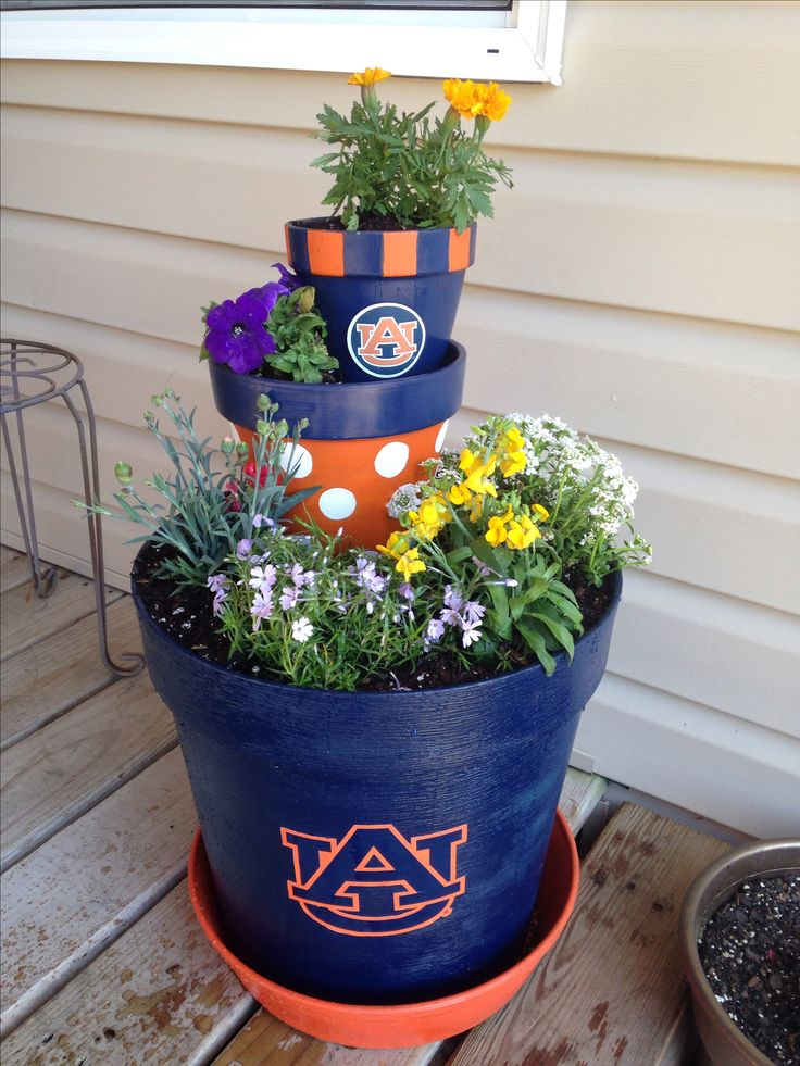 @auathletics @auburnu  flower pot porch decor #WDE #Auburn