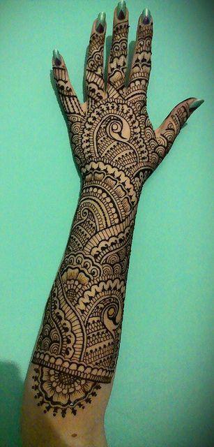 Bridal henna design by Henna Vibes, via Flickr