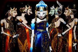 Wayang Golek, wayang golek salah satu warisan budaya Indonesia yang sudah sangat mendunia dan pernah diakui oleh UNESCO. Proud! #PINdonesia