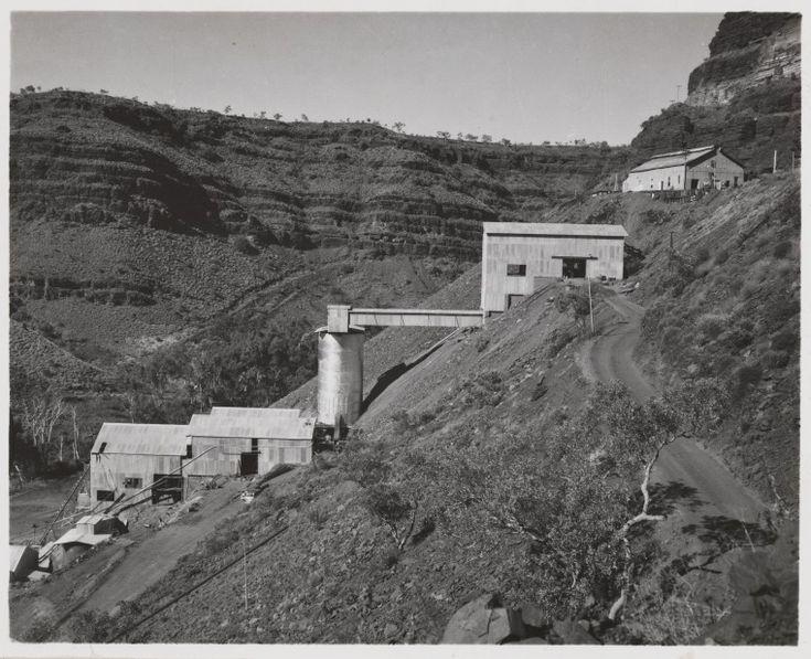 816B/TB/2671: Asbestos mine, Western Gorge, Wittenoom, July 1958 http://encore.slwa.wa.gov.au/iii/encore/record/C__Rb1886863?lang=eng