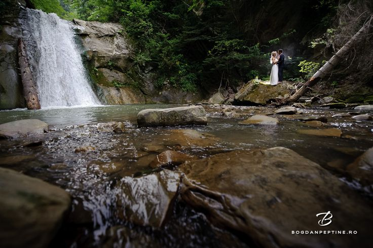Trash the dress la cascada Casoca | Fotograf de nunta Bucuresti