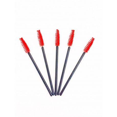 Mascara borsteltjes rood (50stuks) Staat  Nieuw  Mascara borsteltjes wit (50stuks) Deze borsteltjes zijn verpakt per 50 stuks. Makkelijk om te gebruiken bij het aanbrengen van de wimperextensions. Je kunt ze mee geven aan je klanten, zodat ze hun wimpers kunnen onderhouden.