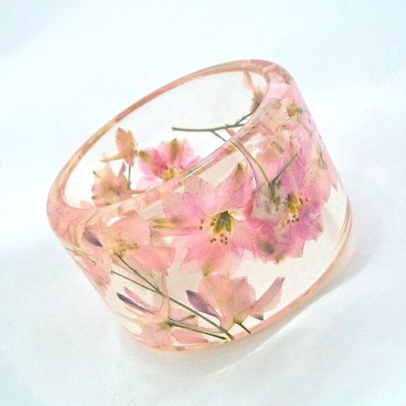 Romantic Resin Bangle.  Unique Pink Bracelet with Pressed Flowers.  Pink…