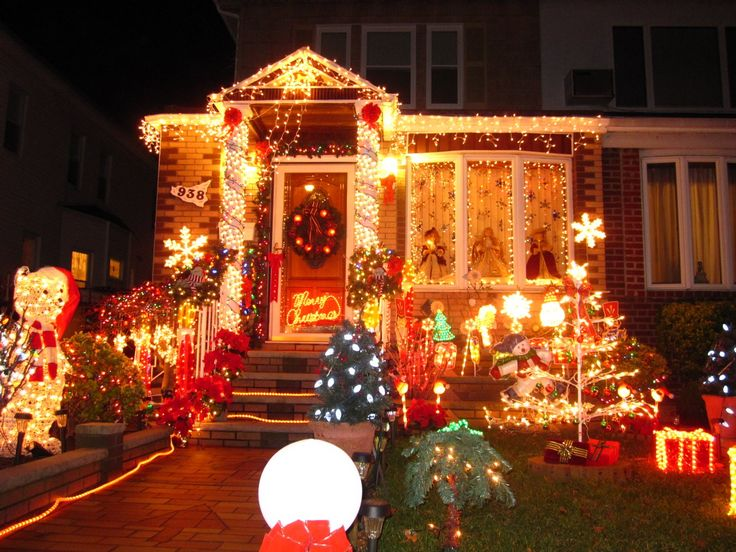 Christmas Lights In The House With Exceptional Decoration Christmas Lights Ornaments Christmas Lights In Some