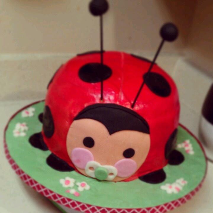 ladybug cake for a babyshower