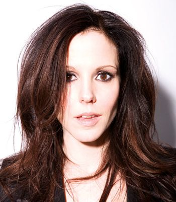 Stunning at 46: Mary-Louise Parker reveals beauty secrets - Mary-Louise Parker Talks Beauty Regime and Worst Hair Moment - Softpedia