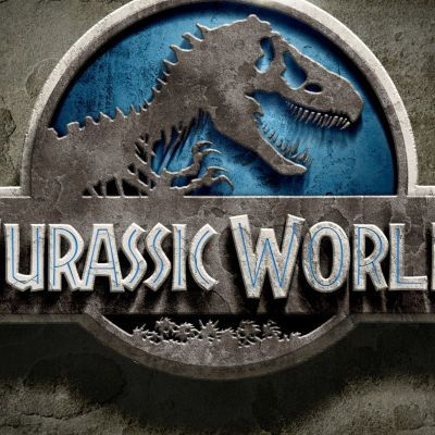 """Feminists are disturbed by the traditional gender roles displayed by the male and female leads in the trailer for the upcoming releaseJurassic World. Thankfully, lead actor Chris Pratt has issued a preemptive """"apology"""" via Facebook for anything that might be said, not said, or even implied when he embarks on press junkets to promote the movie."""