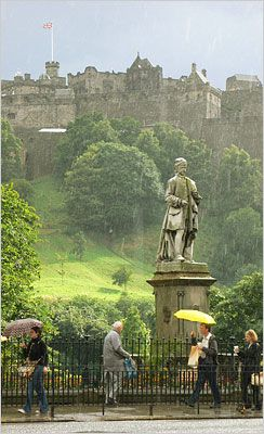 gardens below Edinburgh Castle, Scotland. Such a pretty city ... even in all the rain :) #loveScotland