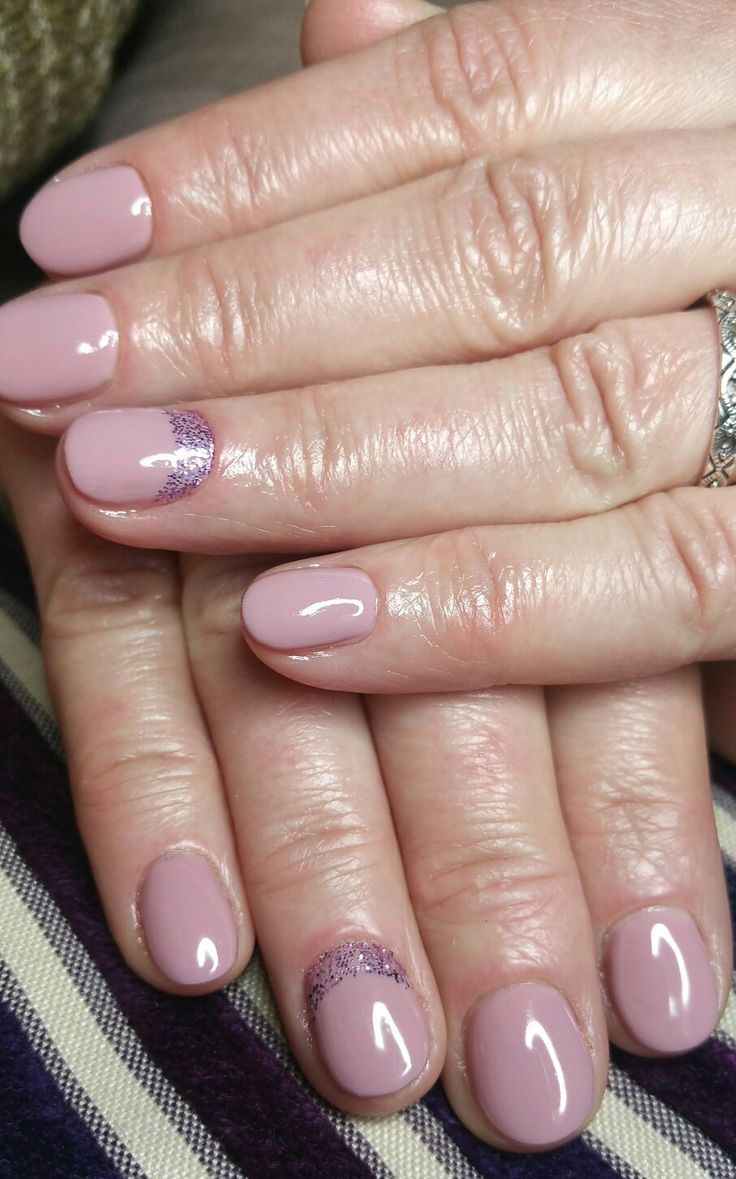 dusty pink shellac gel  with violet reverse french short nails