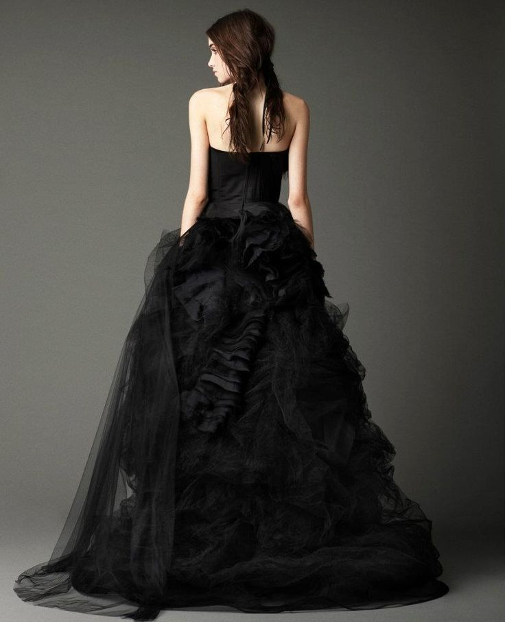 18 besten Vera Wang - Dark Wedding Gowns Bilder auf Pinterest ...