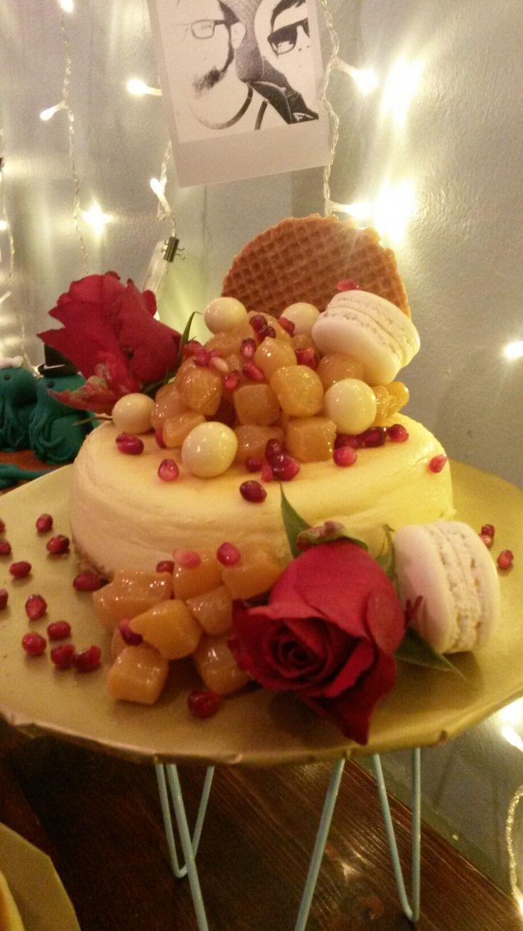 Baked cheesecake decorations wedding cake