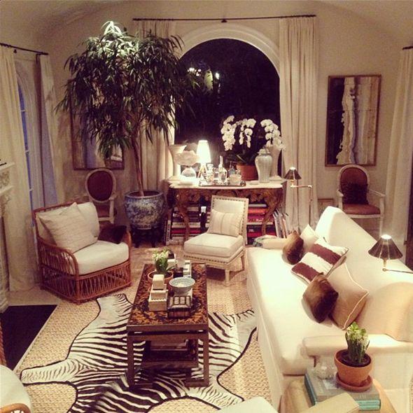 Best 25 zebra living room ideas on pinterest for Mark d sikes dining room