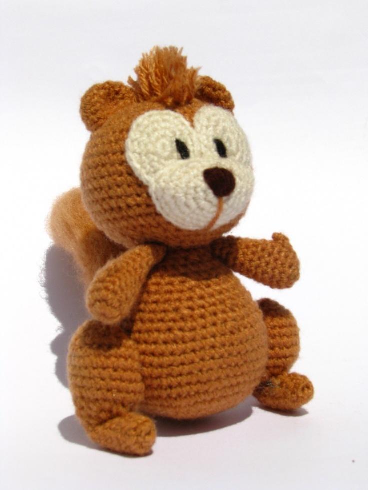Simon the squirrel - PDF amigurumi crochet pattern. $4.00, via Etsy.