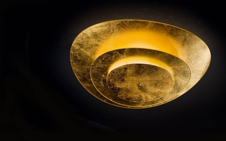 Ceiling lamp in heat-bent glass diffuser, avaible in the following colours: gold leaf, silver leaf and gloss white. #Plana by Murano Luce