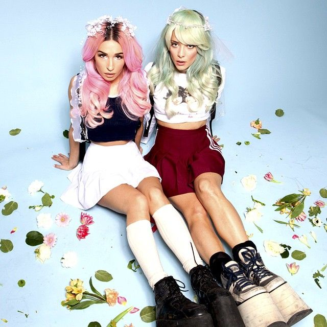 Rebecca & Fiona Beauty The alternate photo they never used for the cover of Beauty is pain. #music #babes