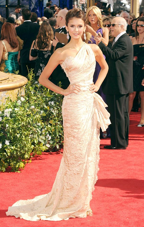 Cosmo cover girl Nina Dobrev in Zuhair Murad at 2010 Emmy Awards  http://www.cosmopolitan.com/celebrity/fashion/nina-dobrev-red-carpet-looks#slide-10