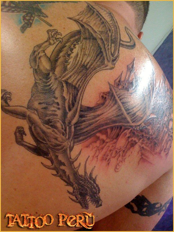 Tatuajes de Dragones fotos a todo color gratis de dragones, descarga gratis, Body Piercing y modificaciones corporales en lima peru. dragone...
