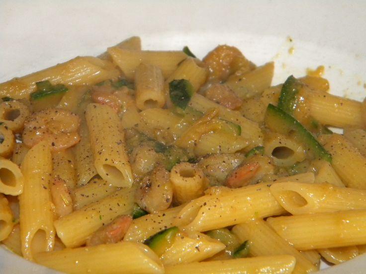Penne, gamberetti e zucchine alla salsa di soia