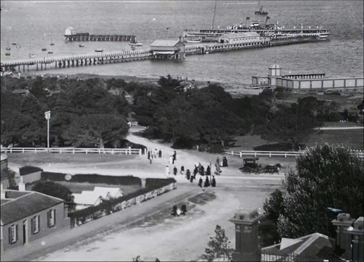 Paddle steamer at Queenscliffe,Victoria (year unknown).A♥W