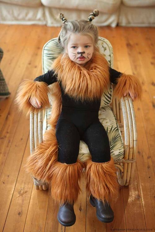 Easy lion costume. Black leotard and leggings with fur added. | kostüm | Pinterest | Lions Fur and Costumes  sc 1 st  Pinterest & Easy lion costume. Black leotard and leggings with fur added ...