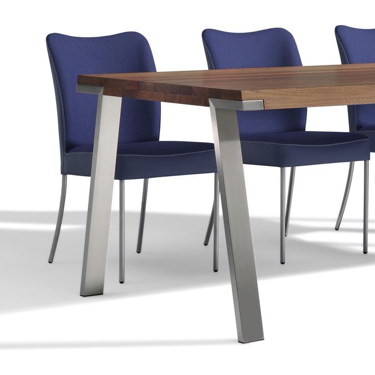tafel Seven - Bert Plantagie vergadertafel, restauranttafel, leestafel. afm. 160 - 280 x d. 100 cm http://www.objectform.nl/product/36/333/Seven+-+Seventy+seven.html