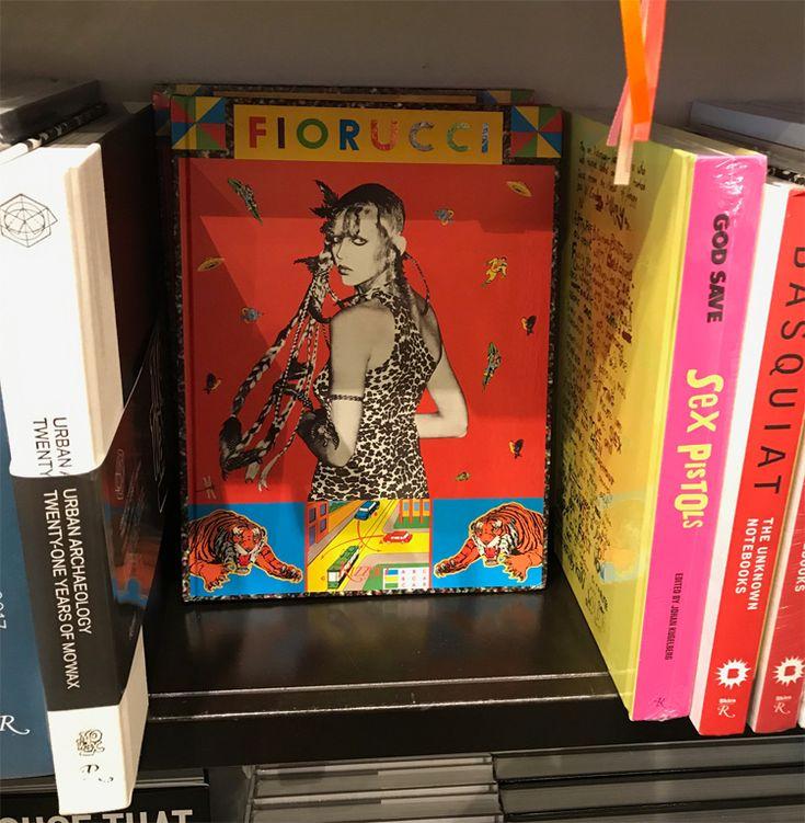 Postales de viaje: Dónde conseguir libros de moda en Miami / Blocdemoda.com - Cultura Moda