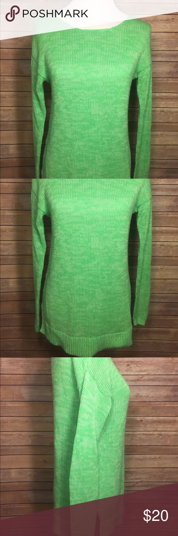 Gap Outlet Green Long Sleeve Cable Knit Sweater Gap Outlet green cable knit long sleeve sweater pullover Size Small (fits like a Medium) GAP Sweaters Crew & Scoop Necks