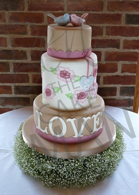 How To Bake And Decorate A Wedding Cake