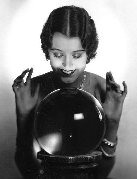 Vintage et cancrelats: June Collyer http://www.pinterest.com/vintagebelle76/fortune-telling/